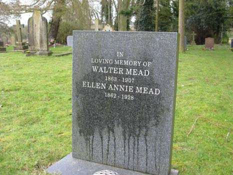 Mead grave great Dunmow